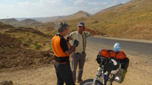 Schwatz mit türkischen Strassenbauingeneur
