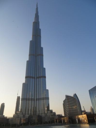 alpays on tour die emirate 14. Black Bedroom Furniture Sets. Home Design Ideas