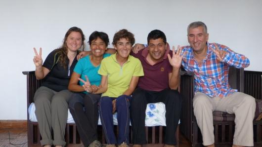 In Nairobi mit unserem lieben Gastgeber Prateek und Ainara und Sonia