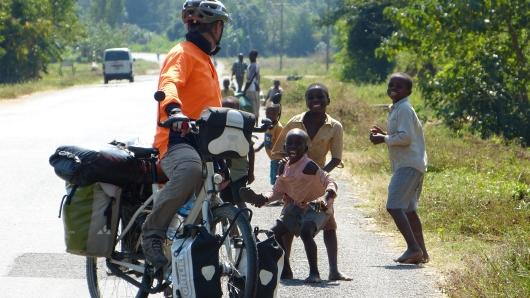 im Norden von Malawi waren die Kids noch süß mit ihren Geldforderungen und hatten ihren Spaß