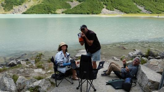 am Lake Louise mit Jay und Shula