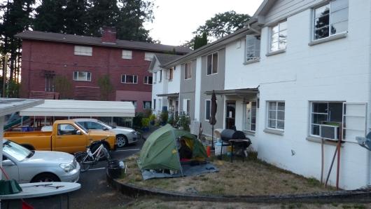 unser Camp hinterm Haus von Barbara in der Nähe von Portland